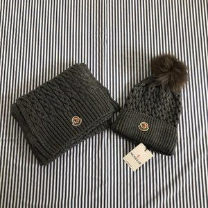 Moncler Women's Gray Hat+Scarf Nwt Casual